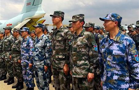 """""""珠峰友谊-2018""""中尼两军特种部队联合训练在成都举行"""