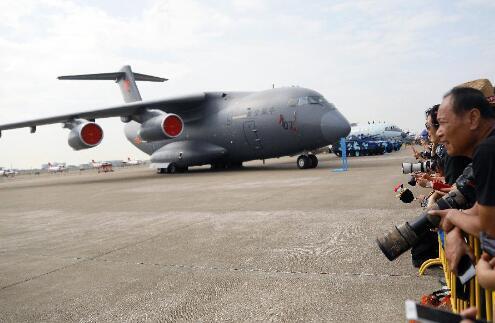 中國空軍正向適應空天時代的空天軍事力量加速邁進