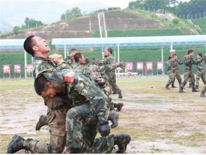武警深圳支隊忠誠守護四十載 相伴奮進新時代