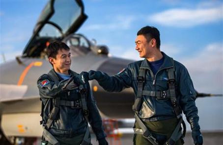 空军部队组建