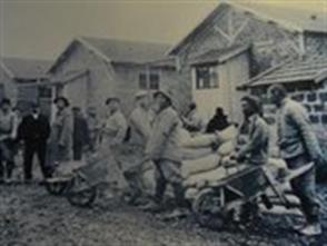 一战华工史料图片展在法国举办