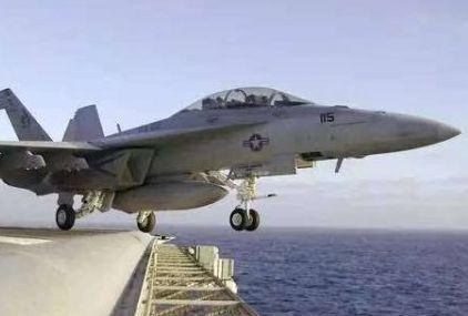美戰機衝繩海域墜毀:兩飛行員獲救 墜機因發動機故障