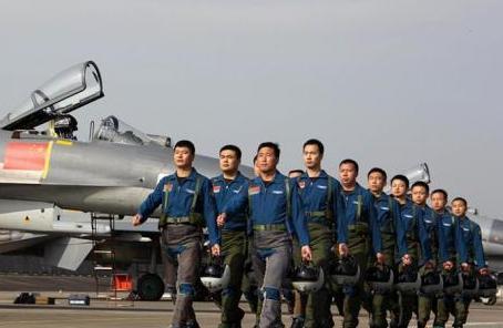 南部战区空军在实兵演习中探索军地联合保障模式