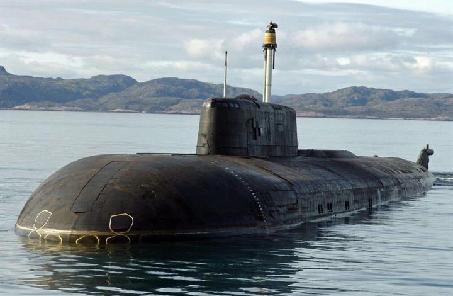美潜艇被逼出水面 深水炸弹宝刀未老