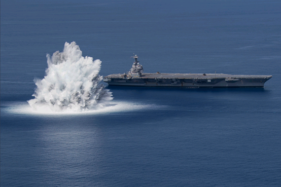 """美最新""""福特""""號航母開始全艦衝擊試驗,美媒:30年來首次進行類似測試"""