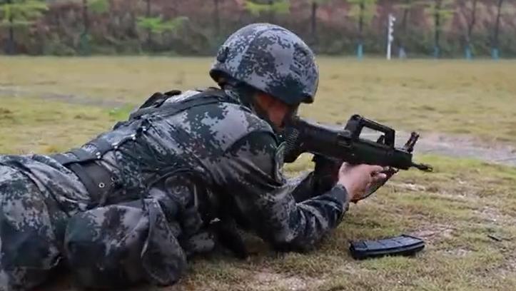 加油!陸軍戰士連續迎戰27項考核