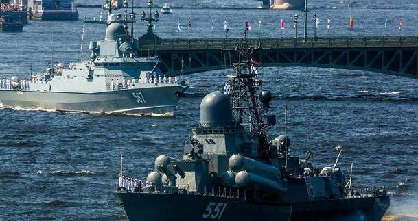 外媒:俄羅斯約20艘軍艦在黑海舉行大規模實彈演習