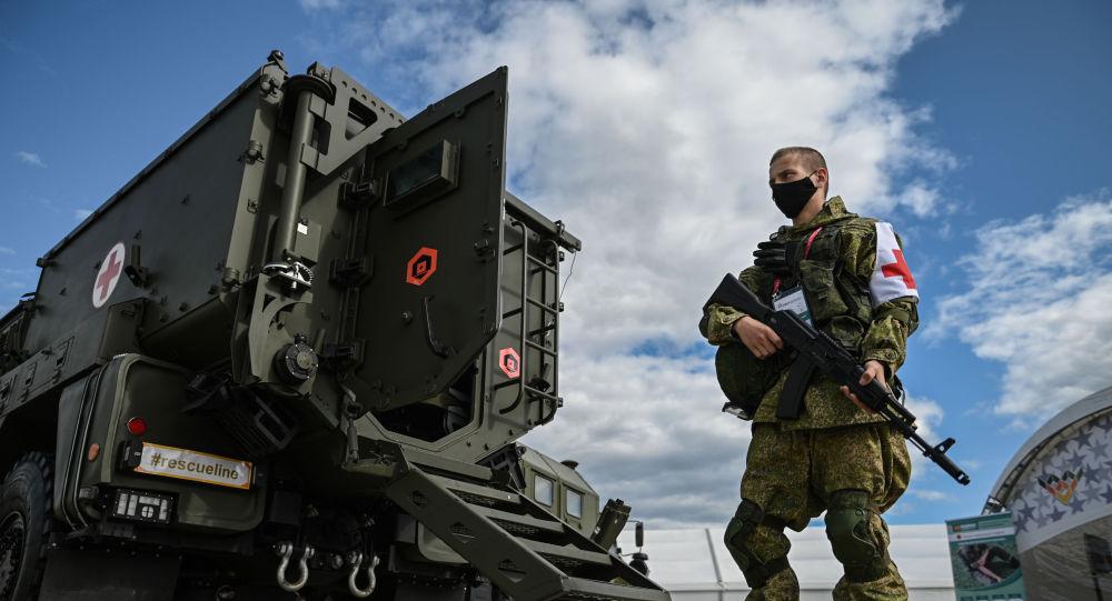 """俄新型裝甲救護車首次參加""""和平使命""""軍演,俄媒:可抵禦8公斤TNT"""