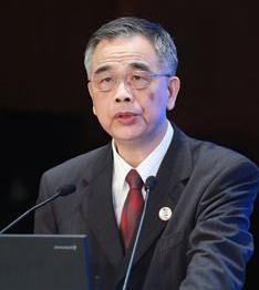 李東榮:完善監管機制推動金融科技健康發展
