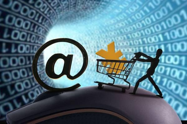 巨頭競相布局 互聯網保險發展提速