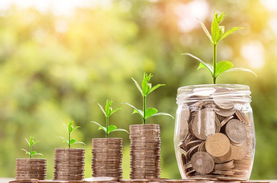 央行:10月份社融增量7288億元 創27個月新低