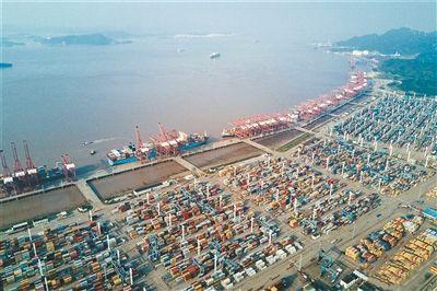 央地政策齊發 金融資源加速流向外貿産業鏈