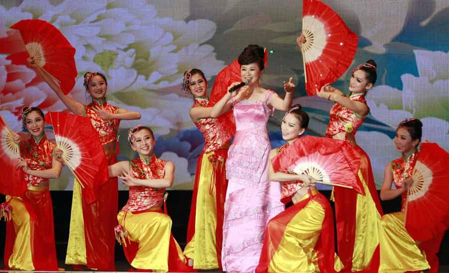 """""""文化中國·四海同春""""文藝演出在柬埔寨舉行"""