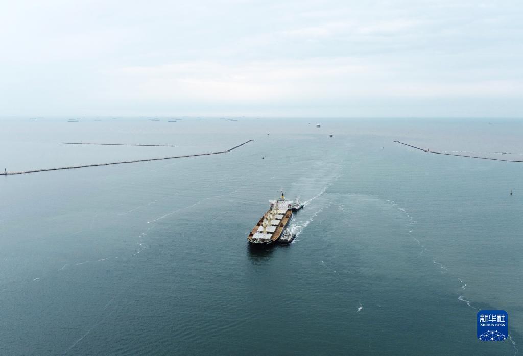 唐山港京唐港区25万吨航道通过交工验收