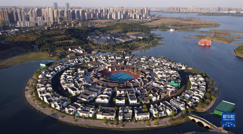太湖世界文化论坛第六届年会开幕