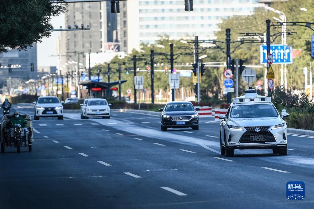 """北京分多阶段有序开展自动驾驶""""无人化""""道路测试"""