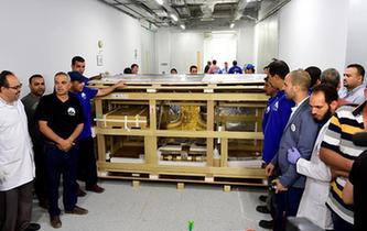 圖坦卡蒙黃金戰車與葬禮床遷至大埃及博物館