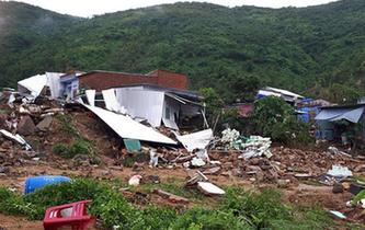 越南中南部連日暴雨致14人死亡