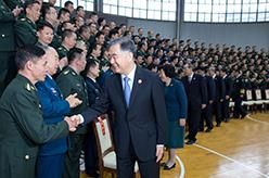 汪洋慰問廣西軍區和駐桂部隊官兵代表、武警廣西總隊官兵代表並會見政法係統代表