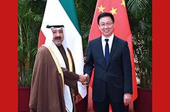 韓正與科威特第一副首相兼國防大臣納賽爾舉行會談