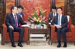 韓正會見哈薩克斯坦第一副總理兼財政部長斯邁洛夫