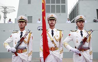 奏響新時代海上和平樂章——人民海軍成立70周年海上閱兵活動紀實