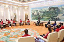 習近平會見中國女排代表