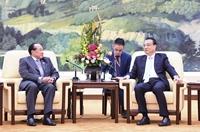 李克強會見柬埔寨副首相賀南洪
