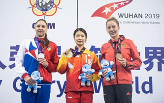 水上救生——女子200米超級救生:戴曉蝶奪冠