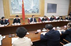韓正出席第七次全國人口普查領導小組全體會議並講話