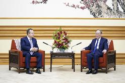 王岐山會見塞爾維亞第一副總理兼外長達契奇