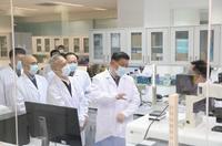 習近平在北京考察新冠肺炎防控科研攻關工作