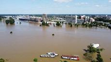 荷蘭魯爾蒙德洪水尚未消退