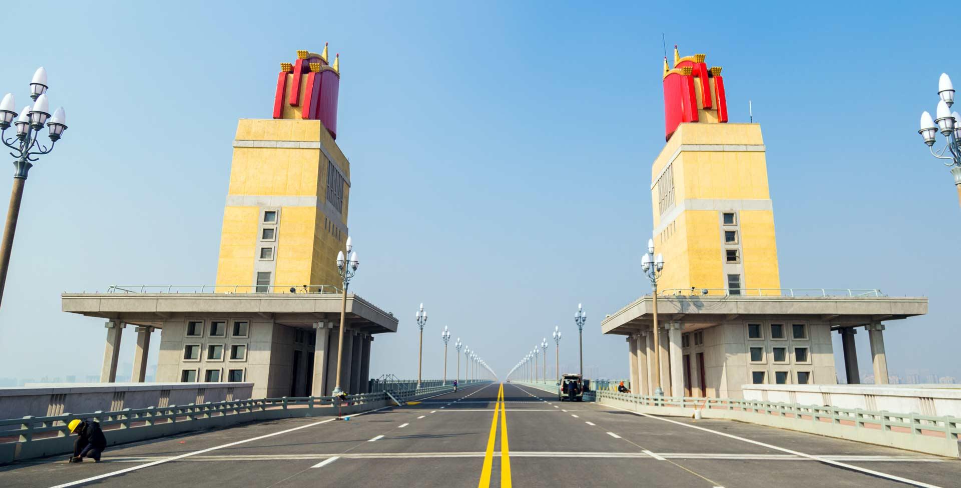 服役48年  南京長江大橋首次大修後重裝歸來