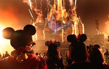 上海迪士尼慶祝米老鼠動漫形象90歲生日