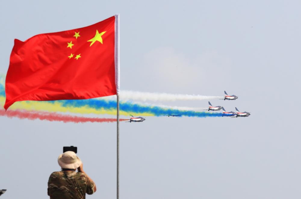 一批先进成果首发、首展:第十三届中国航展珠海开幕