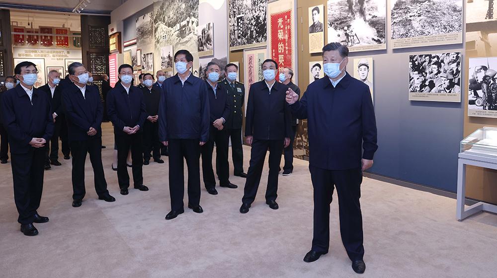 習近平等黨和國家領導人參觀紀念中國人民志願軍抗美援朝出國作戰70周年主題展覽