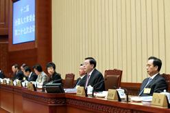十二屆全國人大常委會第二十七次會議在京舉行
