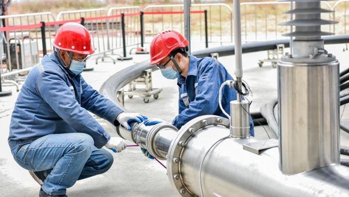 中國首條10千伏三相同軸高溫交流超導電纜型式試驗成功