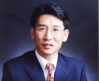 薛其坤:鼓勵給年輕人更多的空間