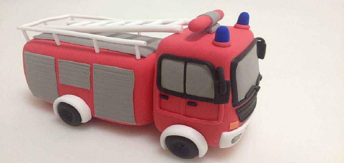 转发倡议:我愿意为消防车让行