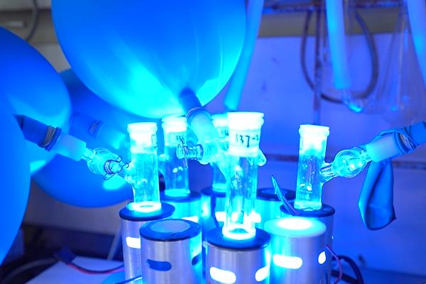 用分子化学方法挖掘中医药宝藏