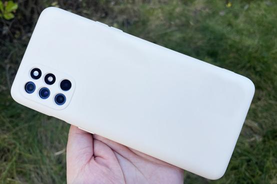 为什么手机的摄像头越来越多?