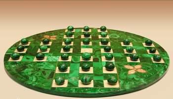 益智游戏——独立钻石棋