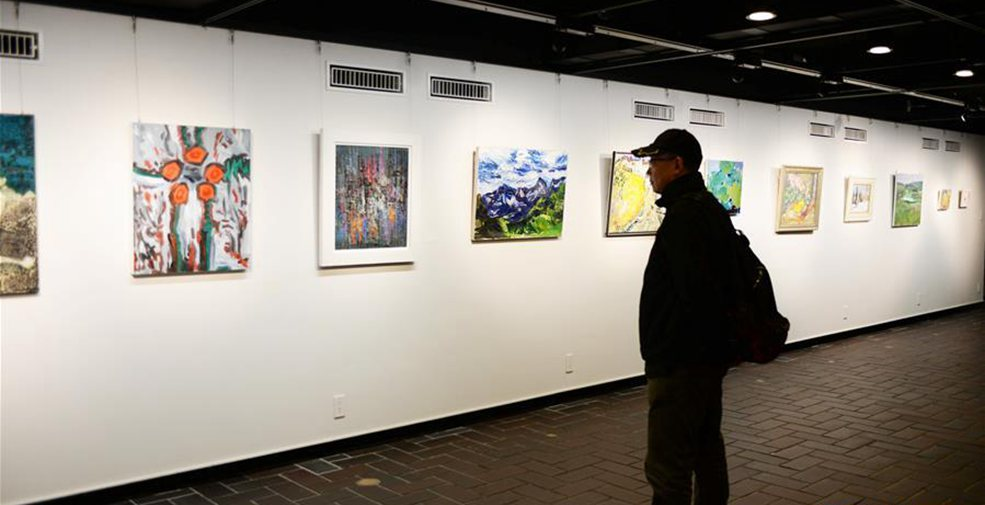 """""""和——當代中國小幅油畫展""""在東京舉行"""