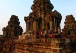 中柬合拍紀錄片《光陰的故事——中柬情誼》在柬埔寨首播
