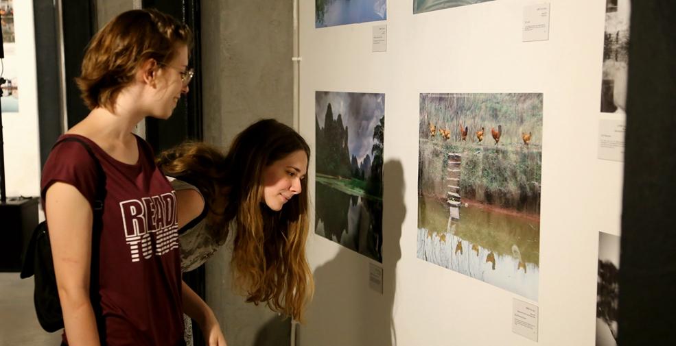 中國大學生攝影作品展亮相塞爾維亞