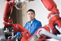 """""""機器人+""""推進制造業智能升級"""