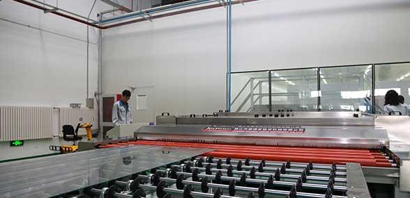 高新區新型LED智能玻璃填補國內空白