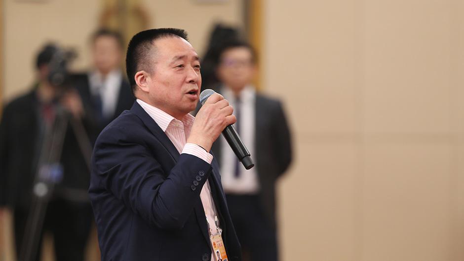 中國改革報社記者提問